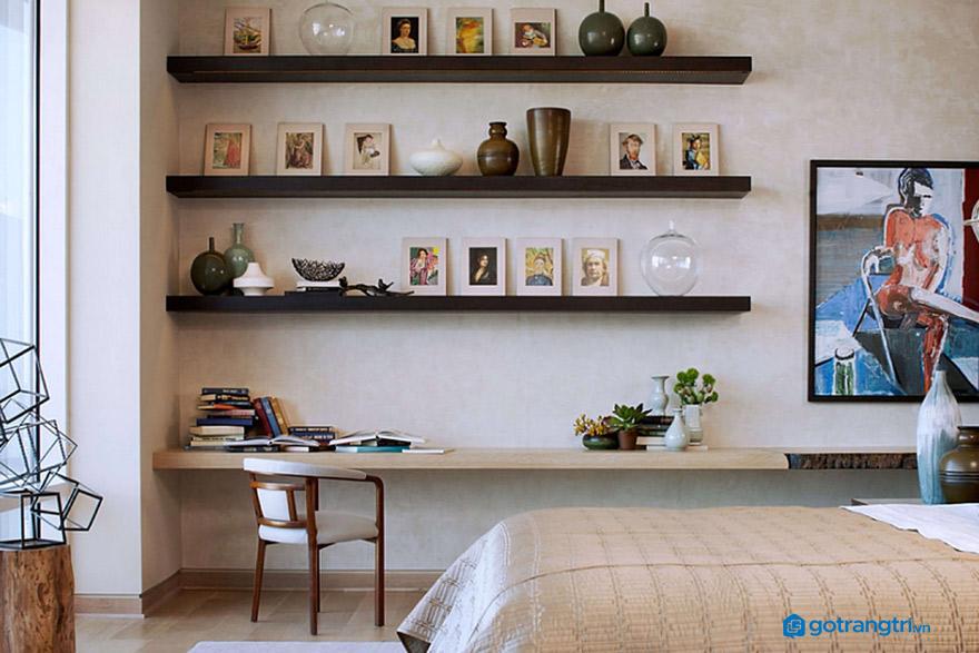Kệ gỗ treo tường phòng ngủ đẹp