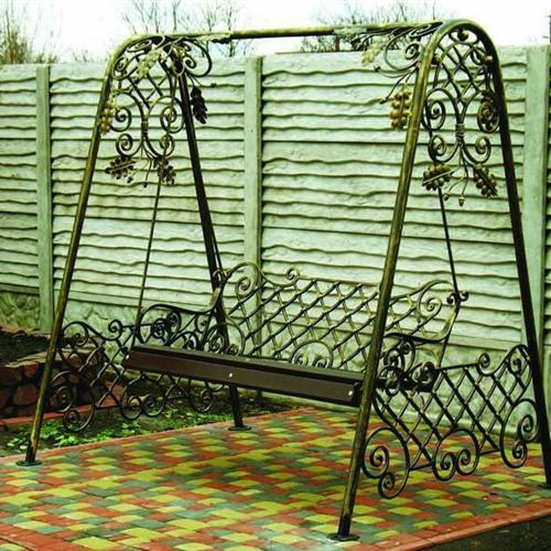 Xích đu sắt đẹp - tạo điểm nhấn cho không gian ngoại thất