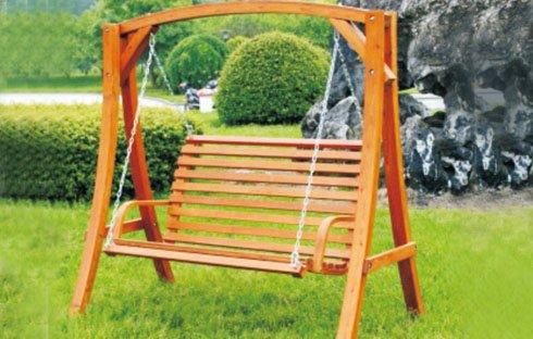 Mẫu ghế xích đu gỗ ngoài trời trang nhã