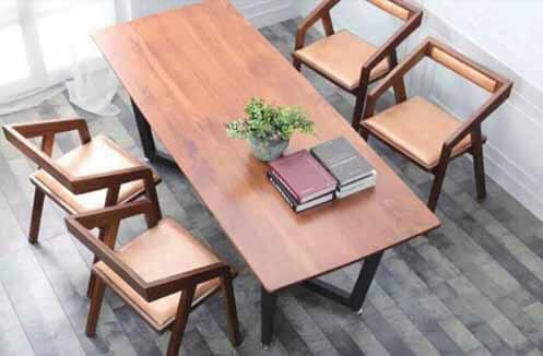 Các mẫu bàn ghế café bằng gỗ đẹp được ưa chuộng