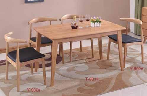 Bàn ghế cafe bằng gỗ tự nhiên cao cấp