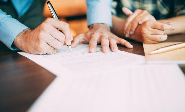 Khách hàng hoàn toàn có thể nhận biết dịch vụ thám tử chuyên nghiệp qua bản hợp đồng điều tra